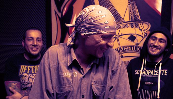 Sesión de música rebelde en video: Lokos Kuerdos