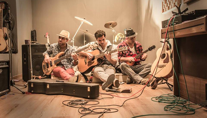 We the lion: Folk peruano a la Americana