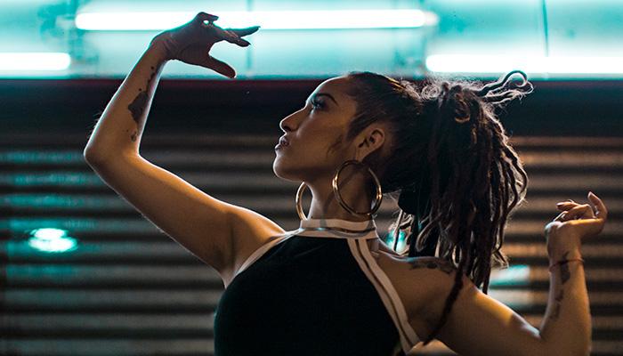 Gloria Allel, renovación del hip hop chileno