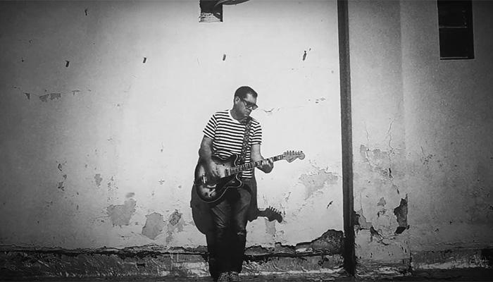 Siempre es medianoche: Música en blanco y negro