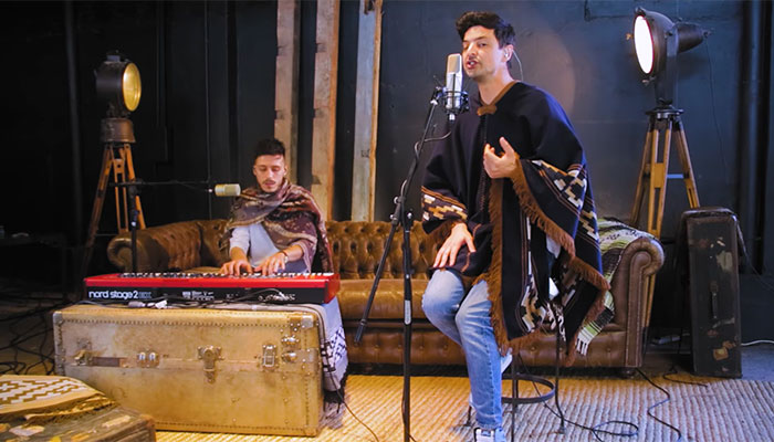 Chino Mansutti, canciones conmovedoras en vivo